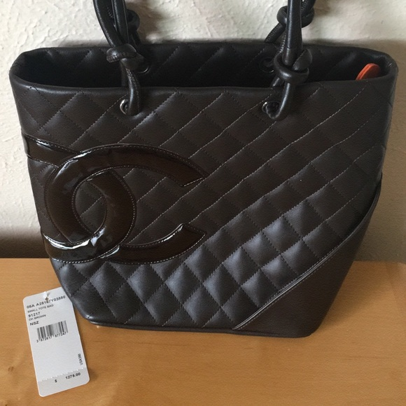 CHANEL Handbags - Chanel medium ligne cambon bucket tote bag